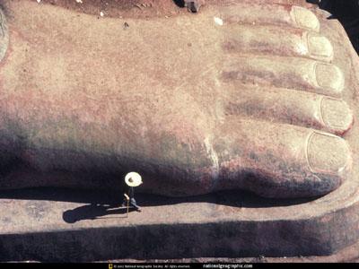 le pied du grand bouddha